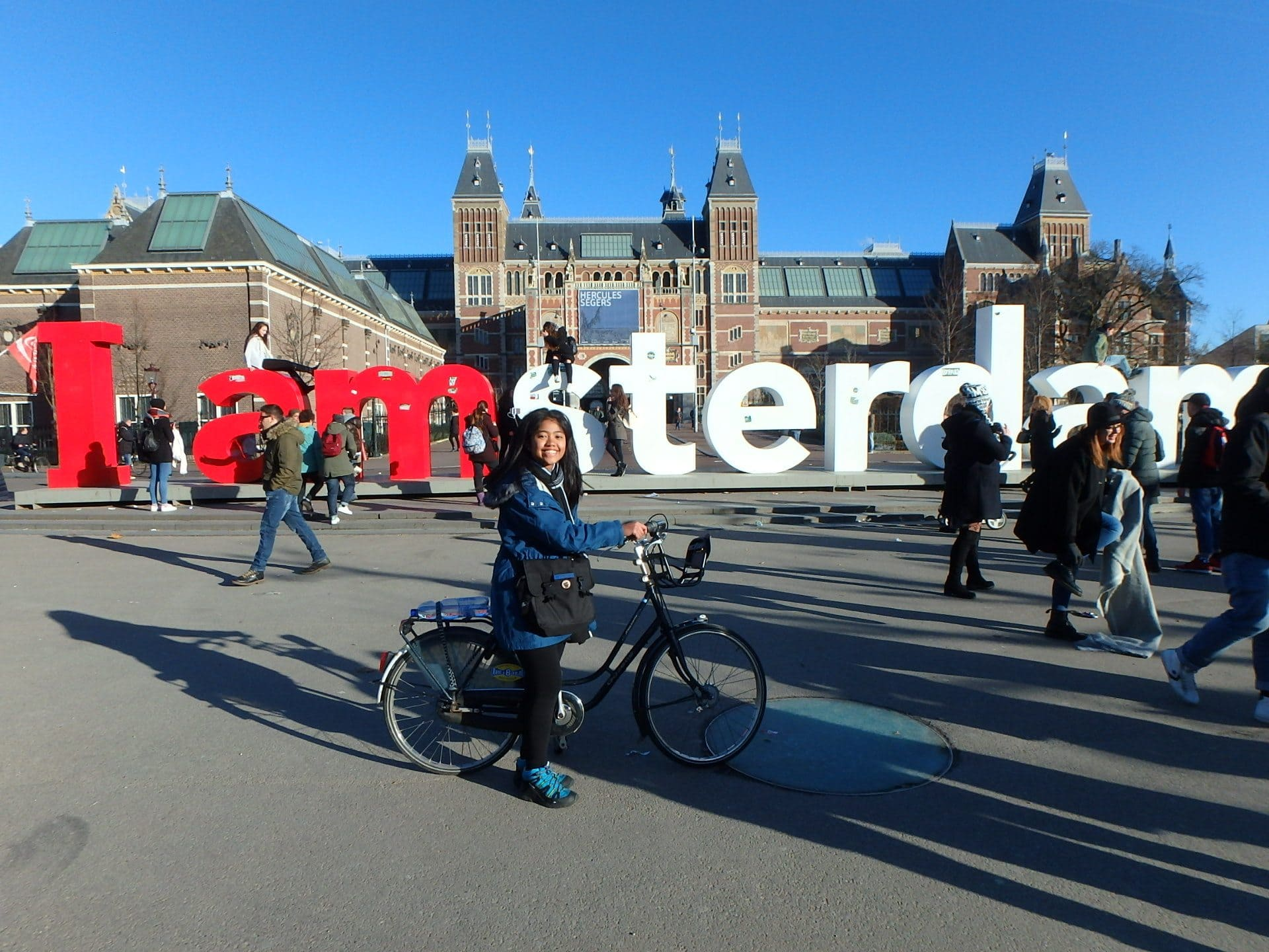 Solo Travel Tips Belgium and Amsterdam