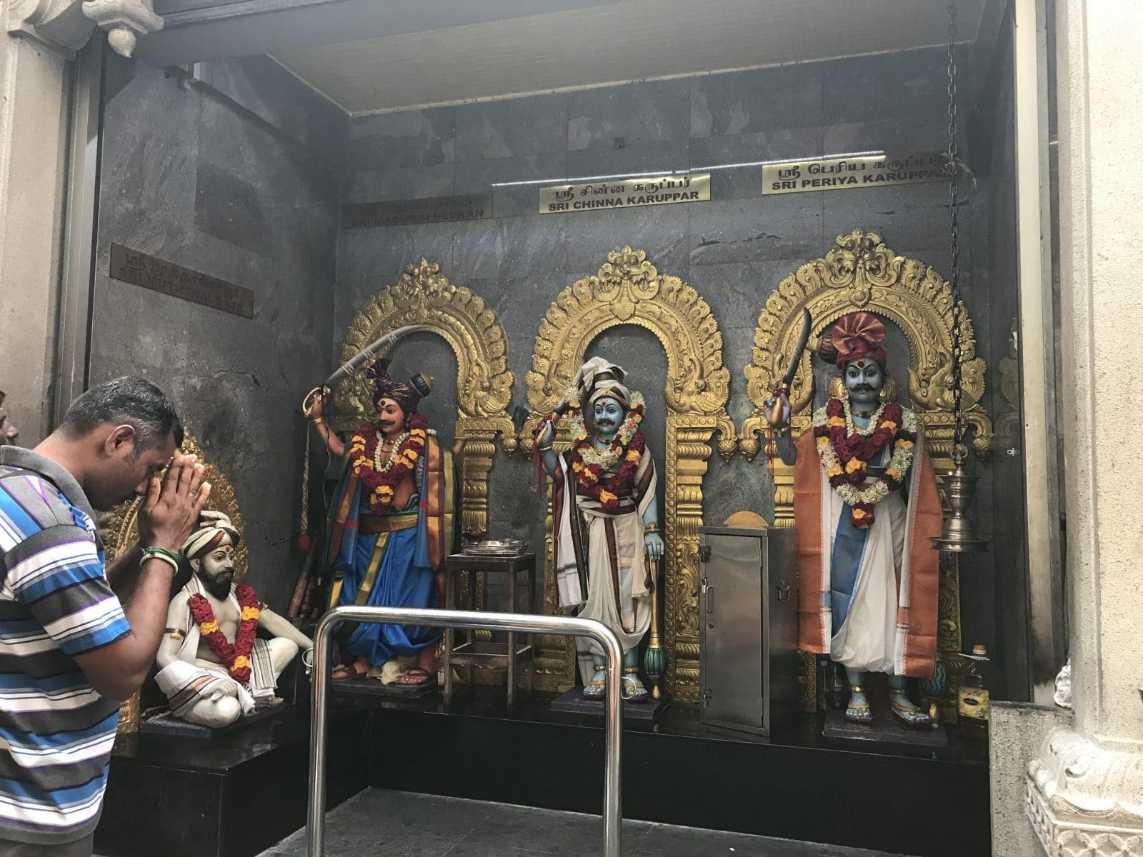 Sri Veeramakaliamman temple, praying